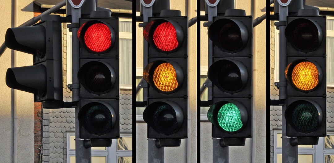 anticipate the traffic lights