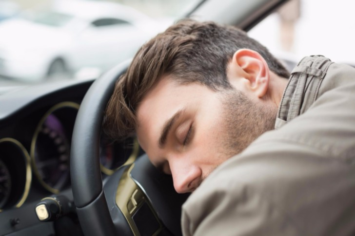eiverTip 76 : How to fight drowsiness when driving?