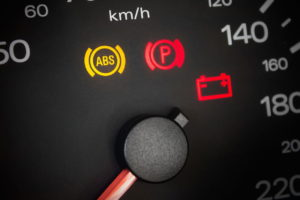 eivertip n°134 : voyants et entretien du véhicule
